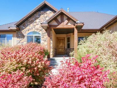 """Close to Powder Mountain-Huge Game Room, 65"""" TV'S, Hot Tub!"""