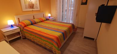 Photo for 4 beds with hydromassage shower, Netflix, fridge, bicycles and parking.