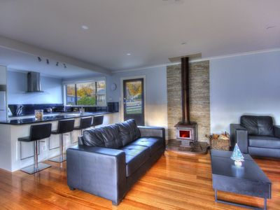 Photo for Located in the heart of Coles Bay, 2 minute walk to beach. Fireplace