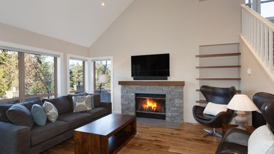 Cozy Living Room with Presto Log Fireplace, Flat Screen TV, Forested Views
