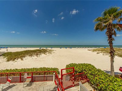 Photo for Direct Beach Corner 1400 sq ft - 3 Bedroom Beach Front Renovated & Luxurious - Free Wifi