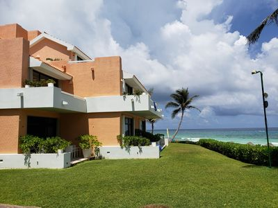 3 BEDROOM VERY SPACIOUS WITH BEAUTIFUL VIEW, LOCATION, STEPS AWAY FROM THE SEA