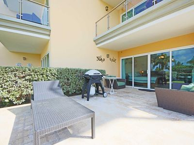 Photo for BEACHFRONT - EAGLE BEACH - OCEANIA RESORT - Studio condo - E125-1