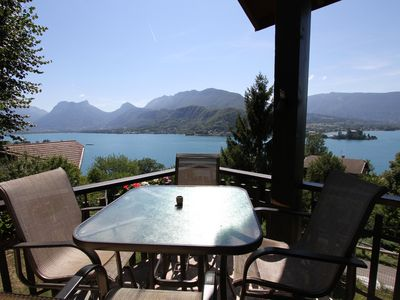 Photo for Beautiful Savoyard house overlooking Lake Annecy