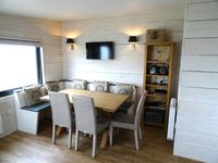 Clean, comfortable & very warm property. Ideally located for exploring the Norfolk Coast in winter.