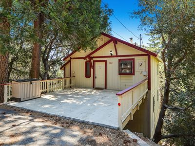 Photo for 1BR Cabin Vacation Rental in Crestline, California