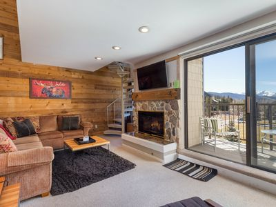 Photo for 3rd Floor Walk-up with Beautiful Mountain Views, King in Master, Free WIFI
