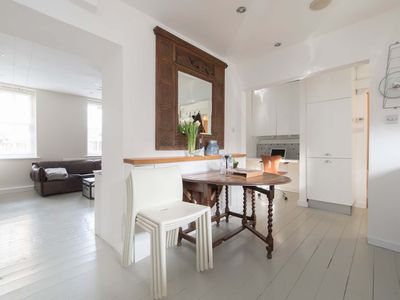 Photo for Central London safe, luxury 2 bed