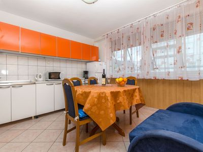 Photo for 2BR Apartment Vacation Rental in Makarska