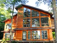 Great rental property right on Lake Superior
