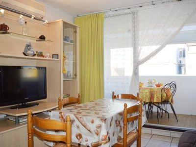 Photo for Apartment Narbonne, 2 rooms, 6 persons