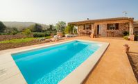 Well Catered Villa / Finca - has all a family needs. Hosts Excellent & good family Holiday