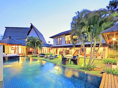 Photo for Spacious 4 Bedroom Villa Seminyak Near Eat Street, Beach
