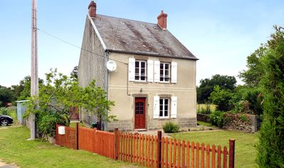 Photo for Lovely 3 Bed Holiday Cottage In Creuse with Fishing Nearby Sleeps 6