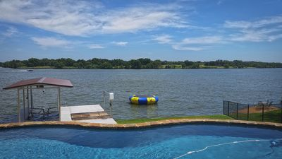 Photo for Lookout Mountain - HEATED POOL, SUP, Kayaks, Pool Table, Arcade, Boat Lift