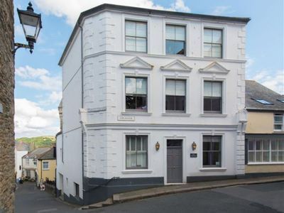 Photo for Apartment Esplanade in Fowey - 2 persons, 1 bedrooms