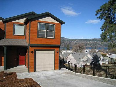Photo for 3 Bedroom Townhouse Blocks from Downtown Hood River