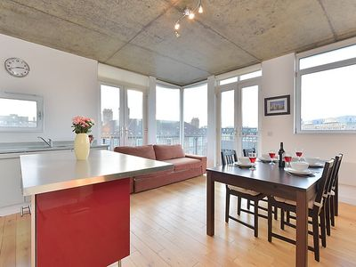 Photo for Apartment Weller in London South Bank - 4 persons, 2 bedrooms