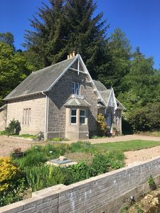 Victorian traditional built from Speysidesandstone location the Glen of Rothes