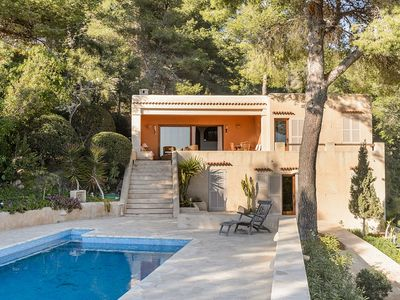Photo for Beautiful House with Special Charm, Splendid Sea Views, Private Pool, close to various Beaches !