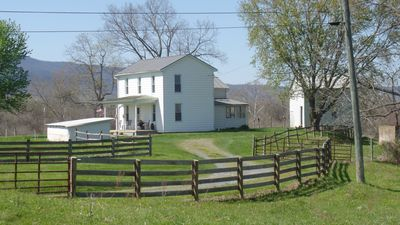Photo for Cozy Country Farmhouse! Renovated & Updated. Great location in the valley!