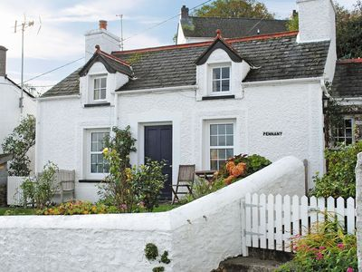 Photo for 1 bedroom property in Preseli Hills. Pet friendly.