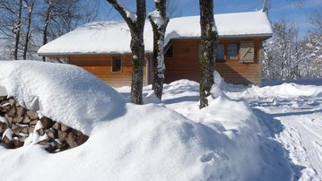 Private cottage near lakes and waterfalls - Chalet 4 Le Lynx