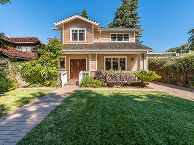 Photo for IRV: Fabulous Large Home in Palo Alto!