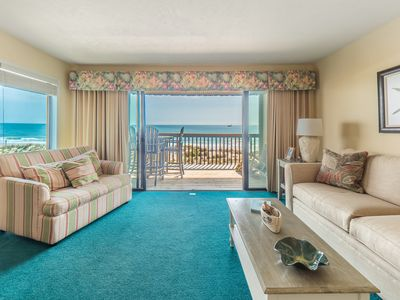 Photo for Oceanfront end-unit 1BR condo, elevator, amazing views!