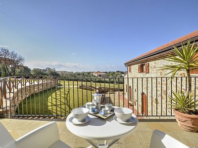 Photo for Villa delle Pigne C: A characteristic and welcoming apartment surrounded by the greenery, with Free WI-FI.