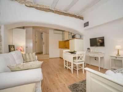 Photo for Apartment Rossella 4 in Rovinj - 2 persons, 1 bedrooms
