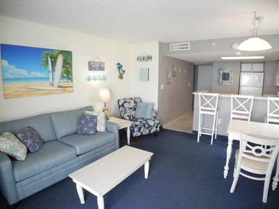 Photo for Oceanfront Baywatch 1811! 2 BR Oceanfront View and Amenities. Pool Tiki Bar