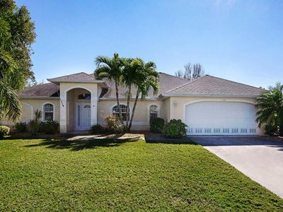 Photo for Wischis Florida Vacation Home - Sunny Island in Cape Coral