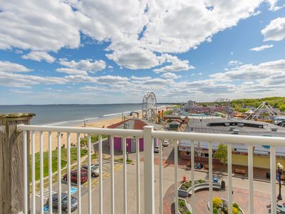 Photo for Beautiful Direct Ocean Front 2 bedroom w/ private balcony