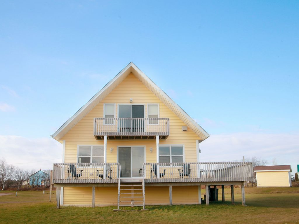 dunesview cottage family friendly retreat minutes from cavendish rh homeaway co uk Prince Edward Island pei vacation rentals cavendish
