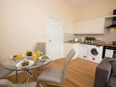 Photo for 1BR House Vacation Rental in Doncaster