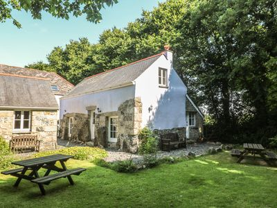 Photo for LONGHOUSE, pet friendly, with a garden in St Keverne, Ref 4682