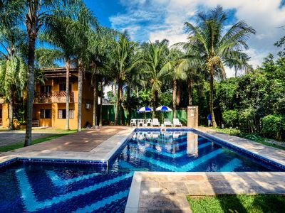 Photo for House in Maresias - Condominium w / Pool a few steps from the beach