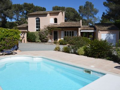 Photo for Provençal house and secondary house, swimming pool, beach on foot, 12 people