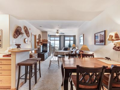 Photo for Centrally-located top-floor condo w/mountain views from the balcony - Dogs ok!
