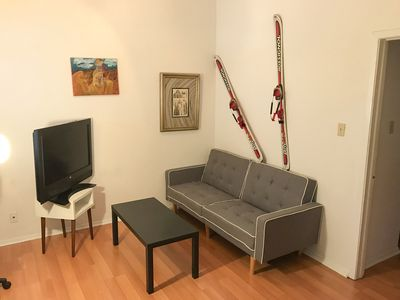 Cozy 1 BR Apartment in Central Austin near Central Park Walking Distance to UoT