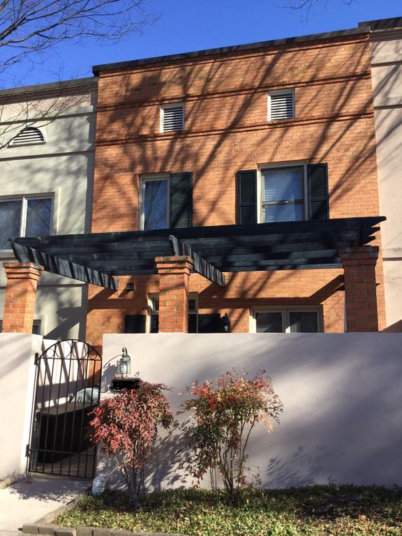 Charming Cville Townhouse Homeaway