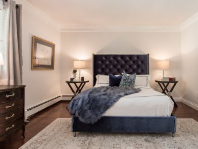 Photo for Luxury Queen Suite with Living Area Sleeps 4
