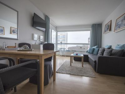 Photo for Beachfront apartment FB05. 08 with sea view