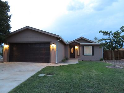 Enjoy your stay in this like new home just 20 minutes from Zion NP