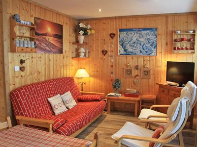 Photo for Nice renovated apartment located in residence LE PANORAMA, 900 m from the center of the resort, has