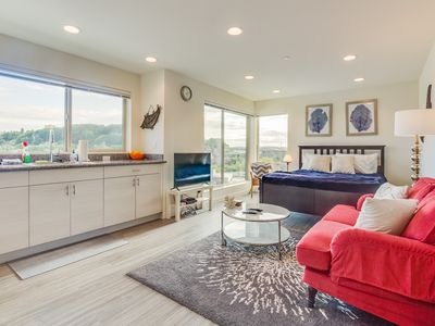 Photo for Nautical, dog-friendly studio with amazing views, close to Pioneer Square!