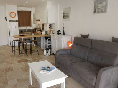 Photo for Cosy apartment for 4 people with WIFI, A/C, TV, balcony and parking