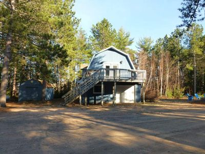 Photo for Located on the Beautiful sandy shores of Lake Superior. family & pet friendly!!