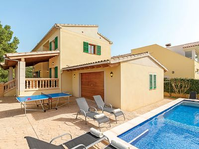 Photo for 4 bed villa w/ newly renovated pool, table tennis, Bluetooth speaker & A/C